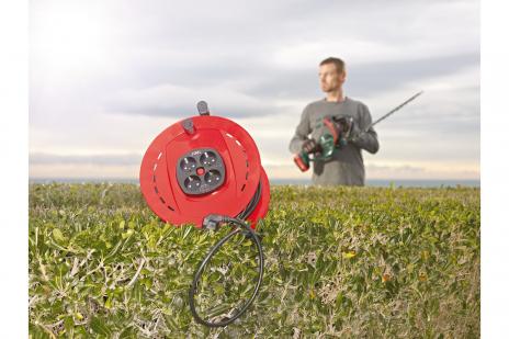 AHS 36-65 V (602203000) akumulátorové nůžky na živý plot