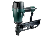 Air staple guns / nailers